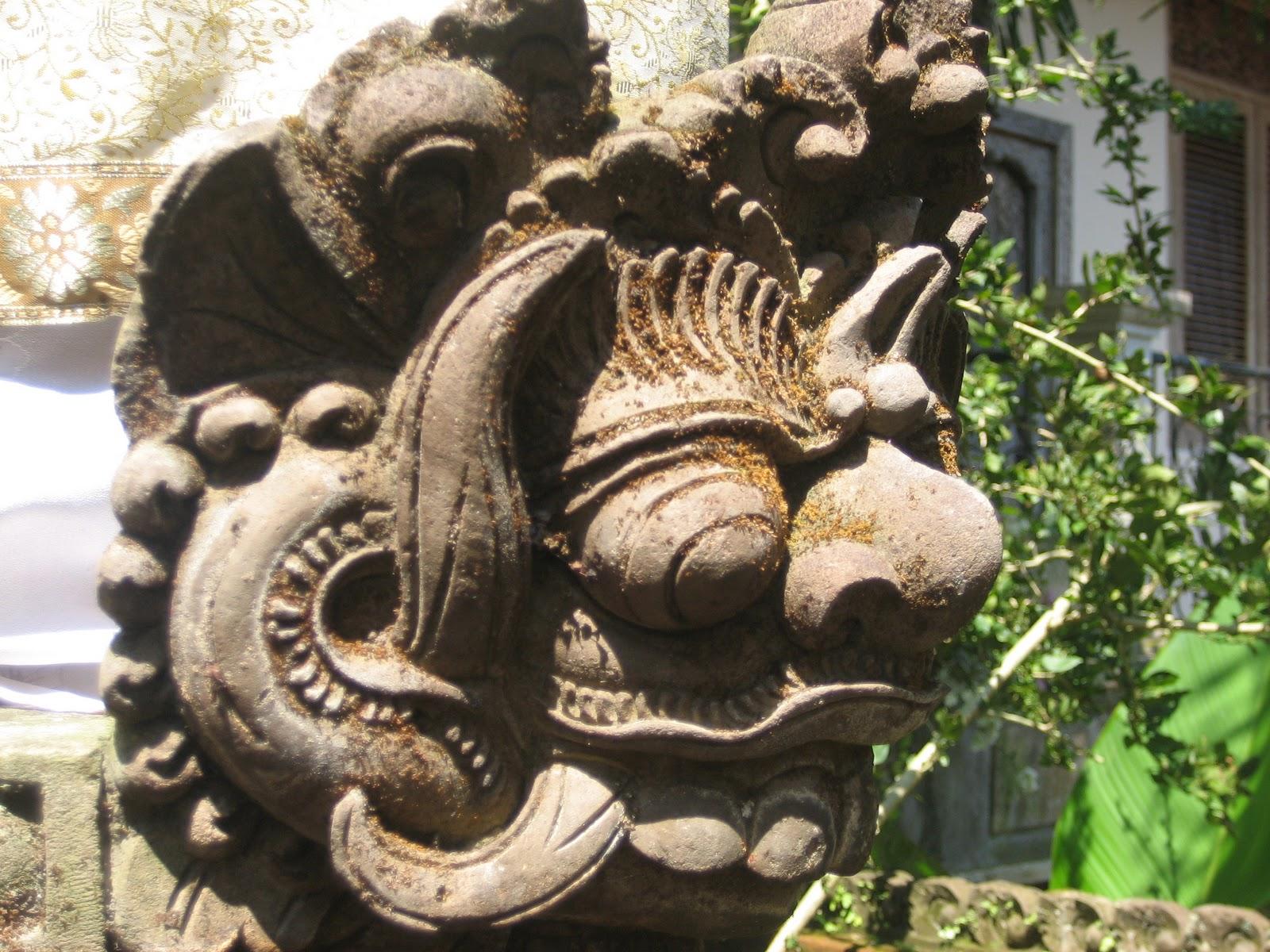 http://2.bp.blogspot.com/_imoo7xmOOcY/TOeYTaENT5I/AAAAAAAAABs/5xarfP14_Zk/s1600/Ubud+Bali+Nov.2010+045.jpg