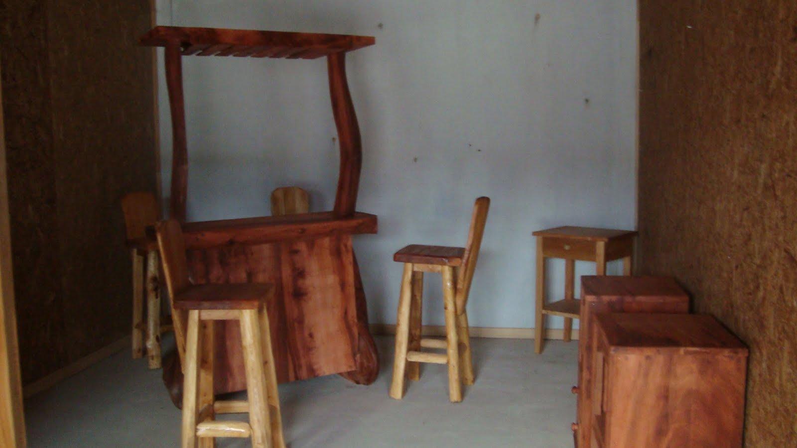 Artesanos de alerce historico for Muebles artesania