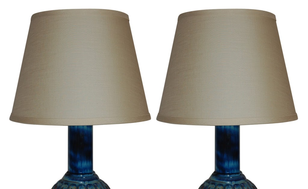 Munder Amp Sons Inc Pair Of Blue Italian Ceramic Lamps