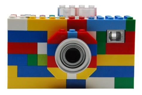 http://2.bp.blogspot.com/_inajW9T5CgM/TI2A5H9uP_I/AAAAAAAAESk/QuaJHm032oU/s1600/lego-digital-camera.jpg
