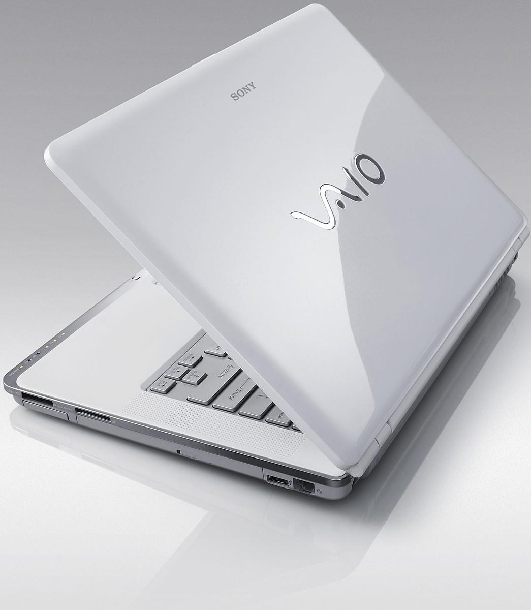 http://2.bp.blogspot.com/_io8AdukxTbQ/TC0D0jMYWtI/AAAAAAAAB4M/vkvjTg2qtlg/s1600/sony-vaio-cr-us-blanc.jpg