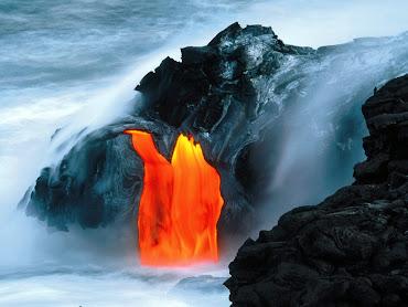 #13 Volcano Wallpaper