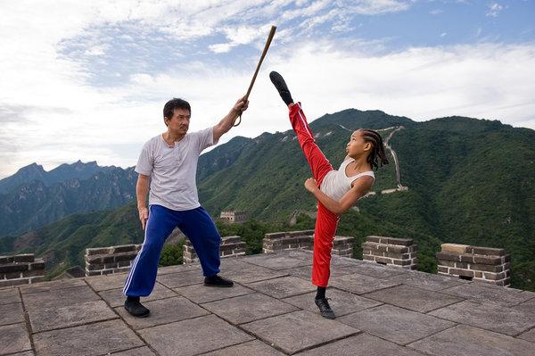 http://2.bp.blogspot.com/_ip2NCacCsrU/THognOp9_LI/AAAAAAAAC_M/yyqXBtGnKic/s1600/karate-kid-2010+(1).jpg