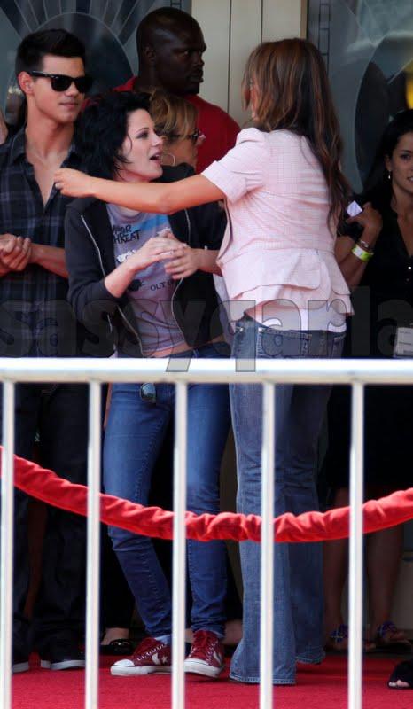 Kristen Stewart Nikki Reed Kiss. Apparently Nikki has been