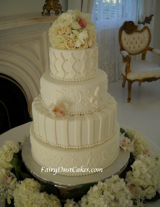 Edward Bella Get A Wedding Cake For Breaking Dawn That Wont Really Be Eating