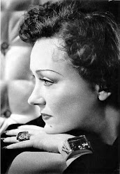 "Gloria Swanson: The ""Indiscreet"" Leading Lady"
