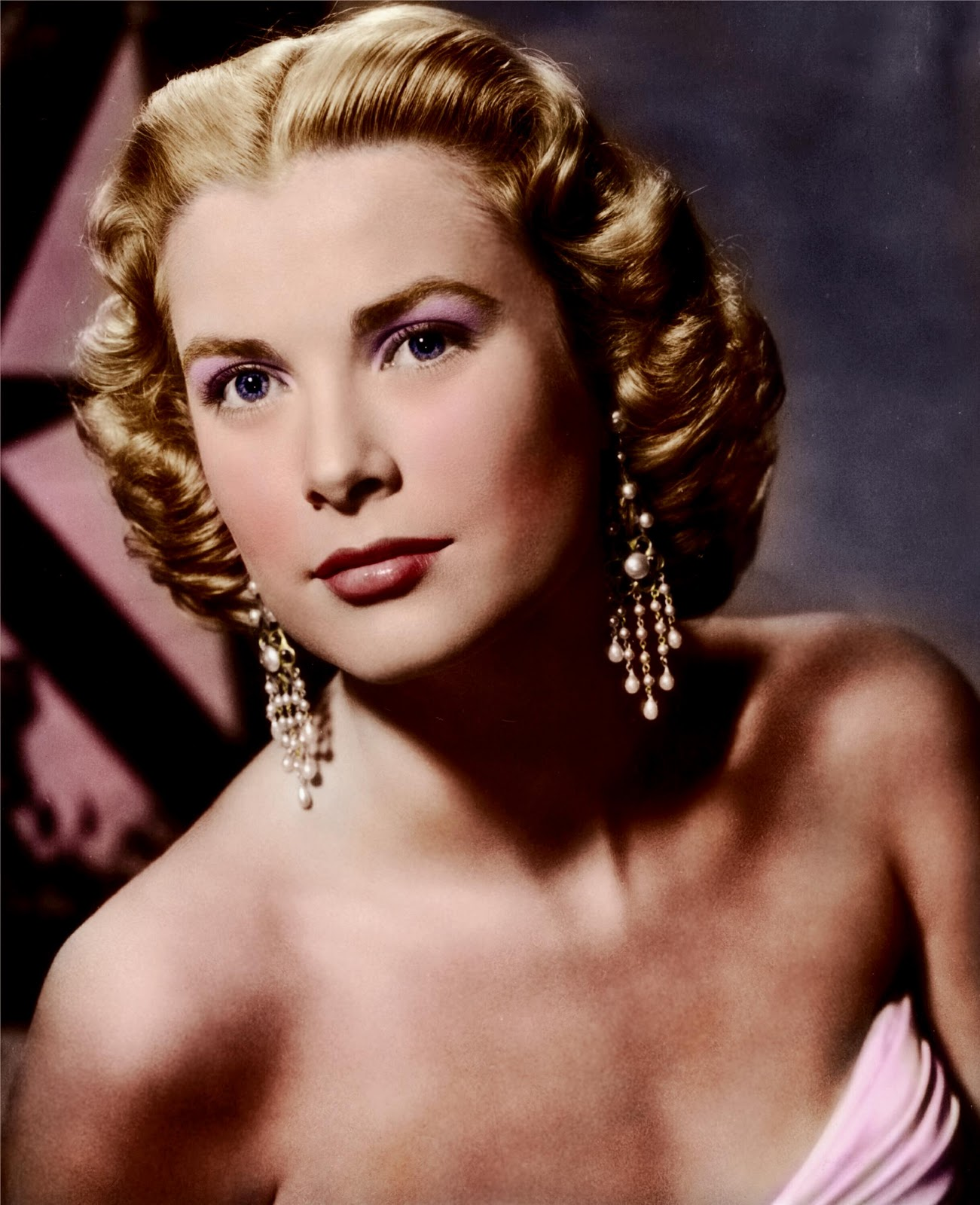 love those classic movies dapper and elegance grace kelly. Black Bedroom Furniture Sets. Home Design Ideas