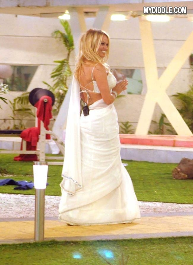 Pamela Anderson in a Bikini Blouse hot saree photos 123actressphotosgallery.com 1p of Brittany Murphy nude