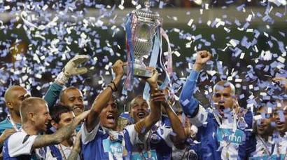 FC Porto celebra a conquista (© REUTERS/Nacho Doce)