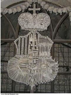 من جرائم الصليبين..كنيسة من عظام made by1.jpg