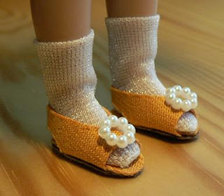 Shoes for Tiny Betsy doll