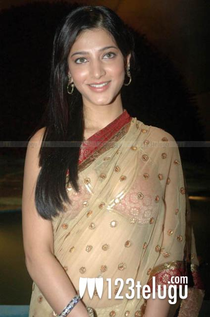 Actress Shruti Hassan in Transparent Saree and Sleeveless Designer Sari Blouse