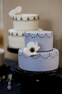 intricate+icings+cake+2 Real Wedding Denver - Grant Humphrey's Mansion
