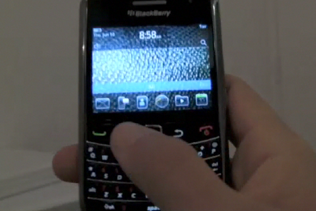 Video: BlackBerry Bold 9650 Running OS 6