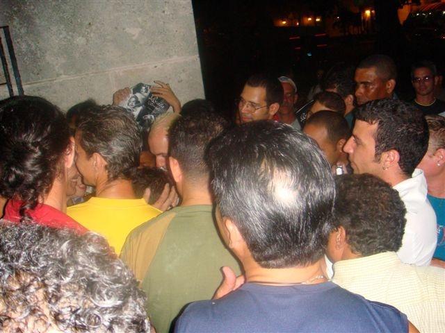 [Rosita+Fornes+a+la+salida+del+Anfiteatro+de+La+Habana+octubre+de+2008+FotoLÃ]