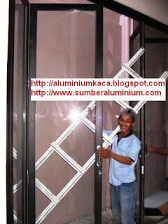 Pintu Lipat Aluminium-RwMangun
