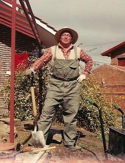 Observatorio off topic le n necesita jardineros for Se necesita jardinero