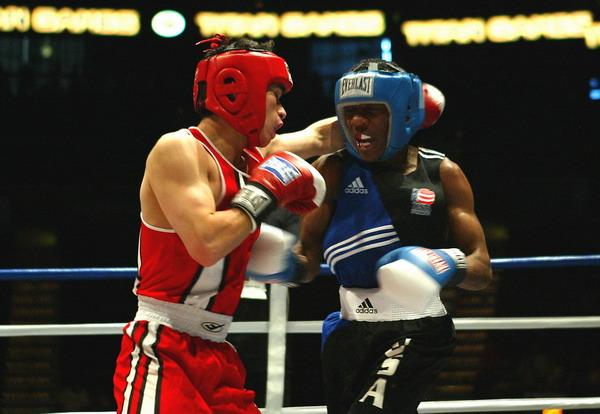 04_titan_boxing_spotlight+0002