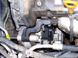 4 see+alt life is hood how to replace an alternator in a 2002 kia sedona  at gsmx.co