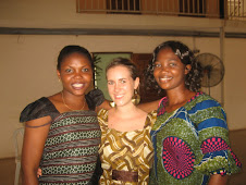 Jennifer, VSO volunteer, with two of the graduates...