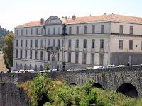 Balade Cirtéenne : depuis le pont suspendu, le lycée Redha Houbou