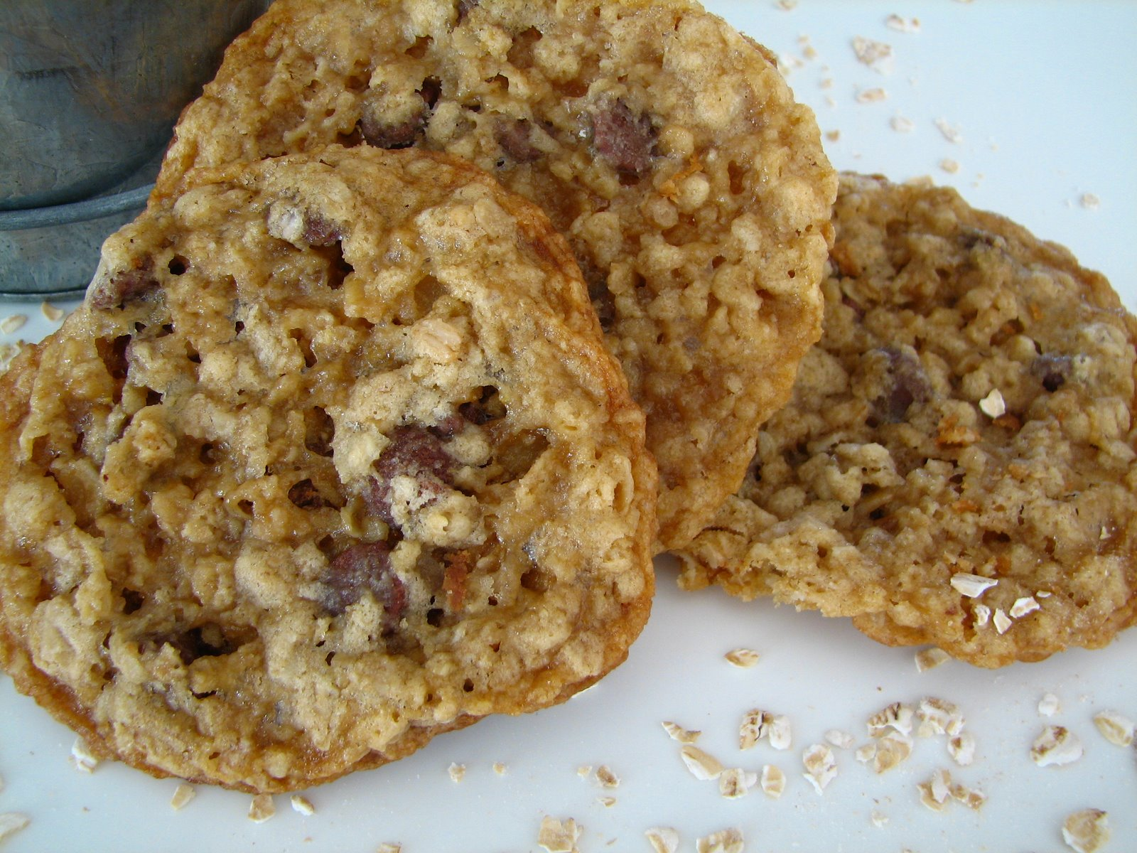 Wendy's Food Files: Crispy, Chewy Oatmeal Cookies
