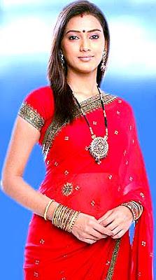 http://2.bp.blogspot.com/_j16WJGJf1aw/TNQyAEtDMqI/AAAAAAAAAh8/2zCXhhn3Q8w/s1600/Pallavi+Subhash+Chandran+Desi+Pic+(3).jpg