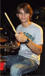 Paulinho Gomes, Bateria