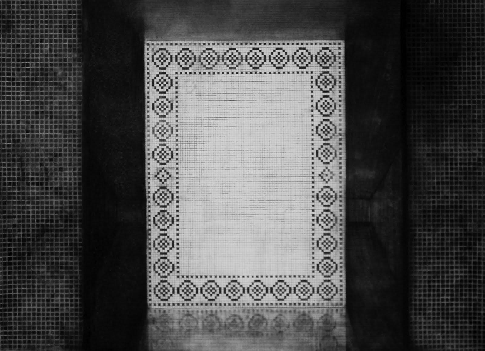 How To Create A Greyscale Bathroom: Brecht Evens: Hannelore Van Dijck