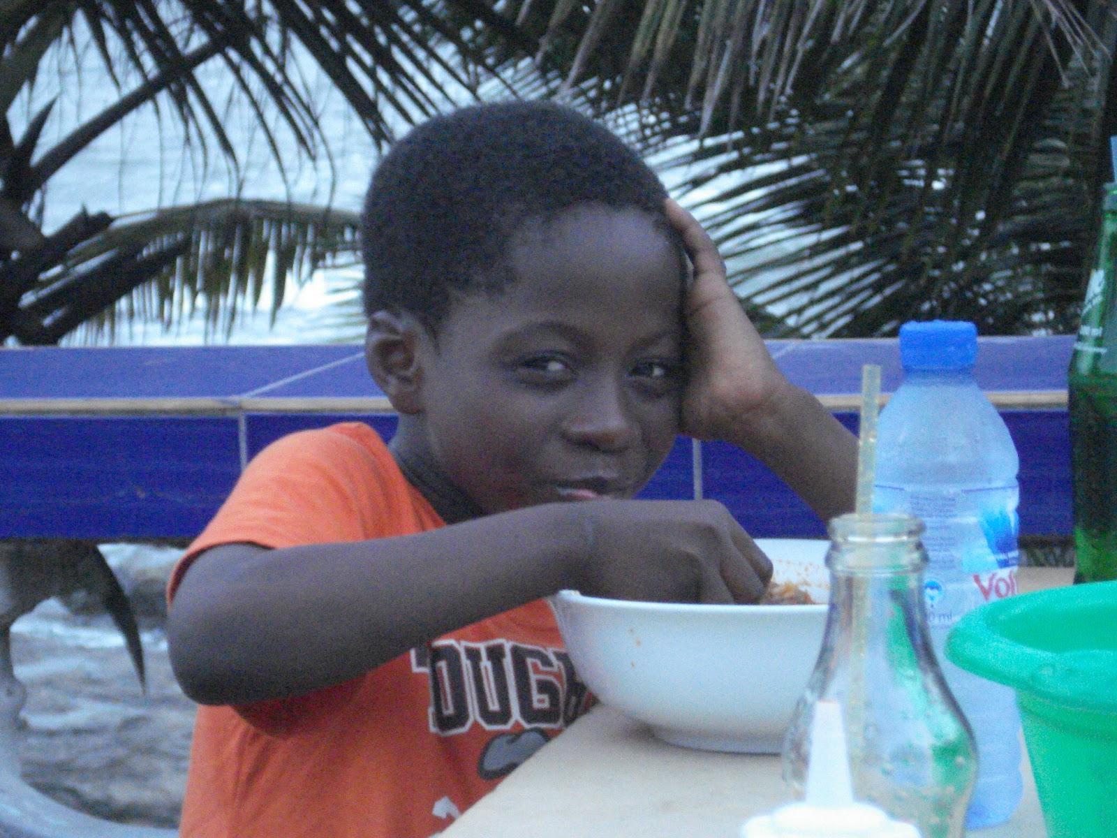 http://2.bp.blogspot.com/_j56E0mp40K8/TNwDH4UFKKI/AAAAAAAAAEQ/Wccq-8xh8vM/s1600/Ghana+Trip+1+225.jpg