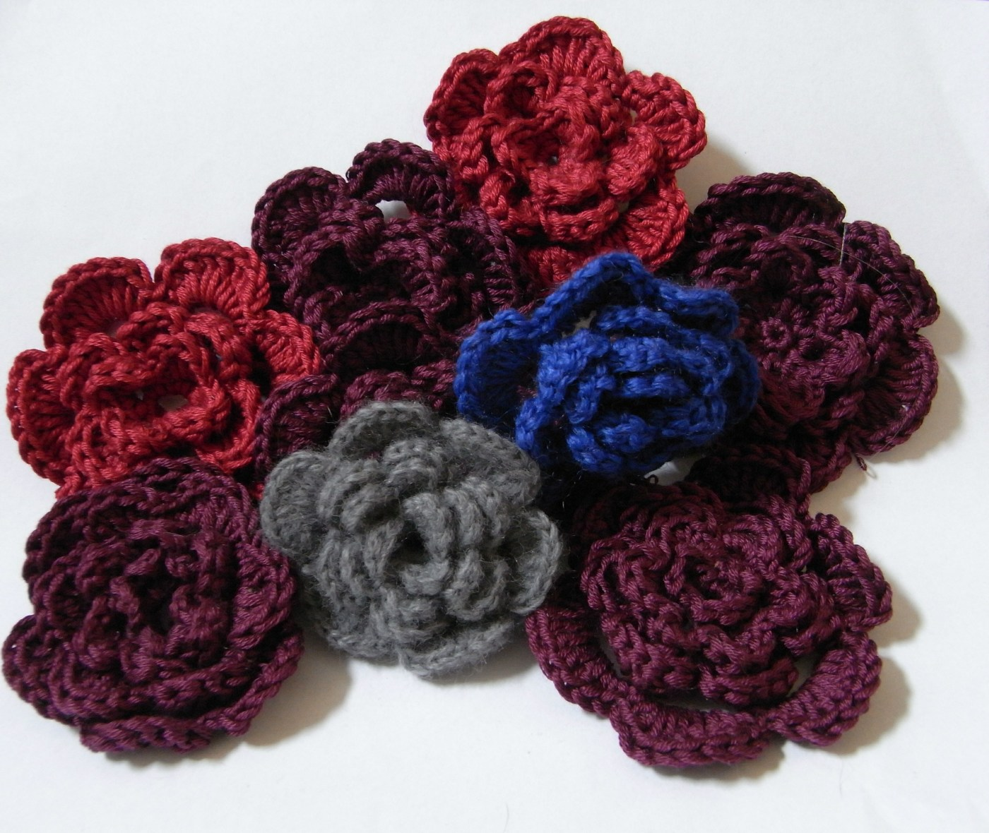 Crochet Crochet Crochet : saraccino: Crafting session with Lachafa - crochet flowers
