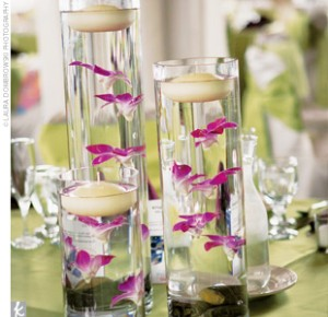 Simple And Elegant Wedding Centerpieces