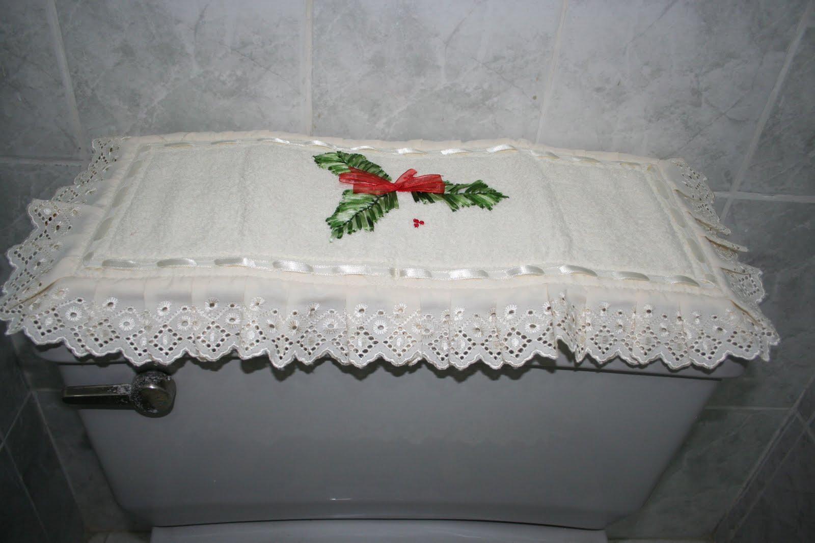 Juego De Baño Navideno Con Cinta:Vio Ganoza: Juego de Baño Navideño bordado con cintas