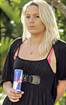 Kiwi Brooke Robertson loses 45 kilograms or around 100 lbs in 8 months with a all Red Bull energy drink diet. 23-year-old now suffers from chronic health issues and only stopped after suffering a heart attack. Image newsbizarre.com