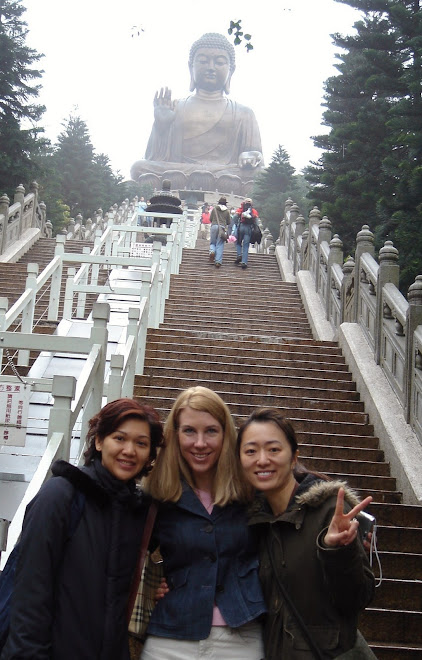 World's Largest seated Buddah, Mei Mie, me and Maggie (my sister-in-law)