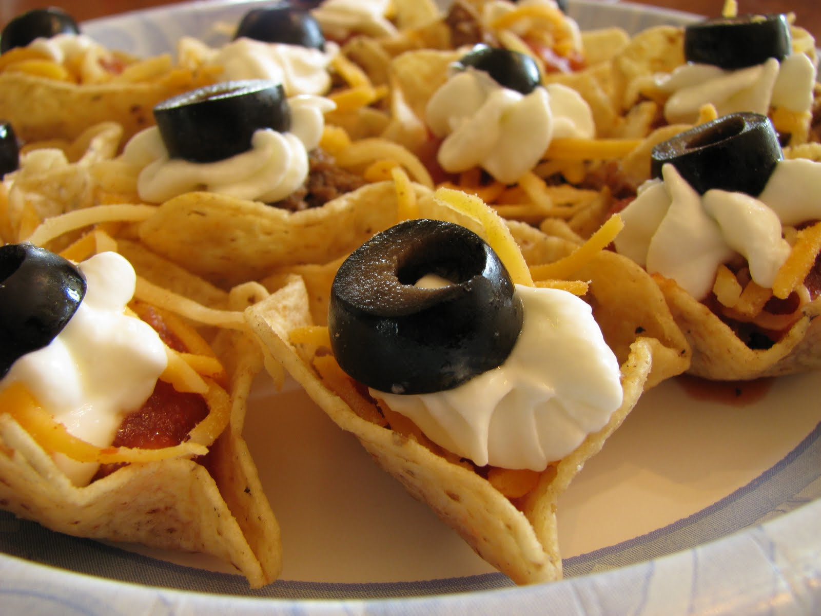 Carrie's Cooking and Recipes: Taco Cups
