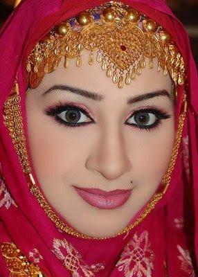 How To Live Like An Omani Princess Omani Bridal Hijab Styles