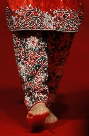 Omani Traditional Wedding Dress