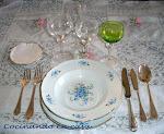 Protocolo sencillo alrededor de la mesa