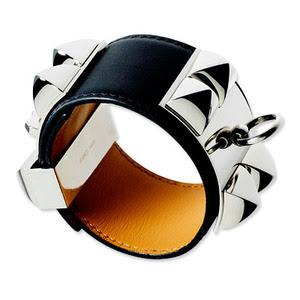http://2.bp.blogspot.com/_j8o3jeeJ6ZA/S3JXIkVHAVI/AAAAAAAAENQ/Sd5ngYcU_IE/s400/Hermes+Collier+de+Chien+1.jpg