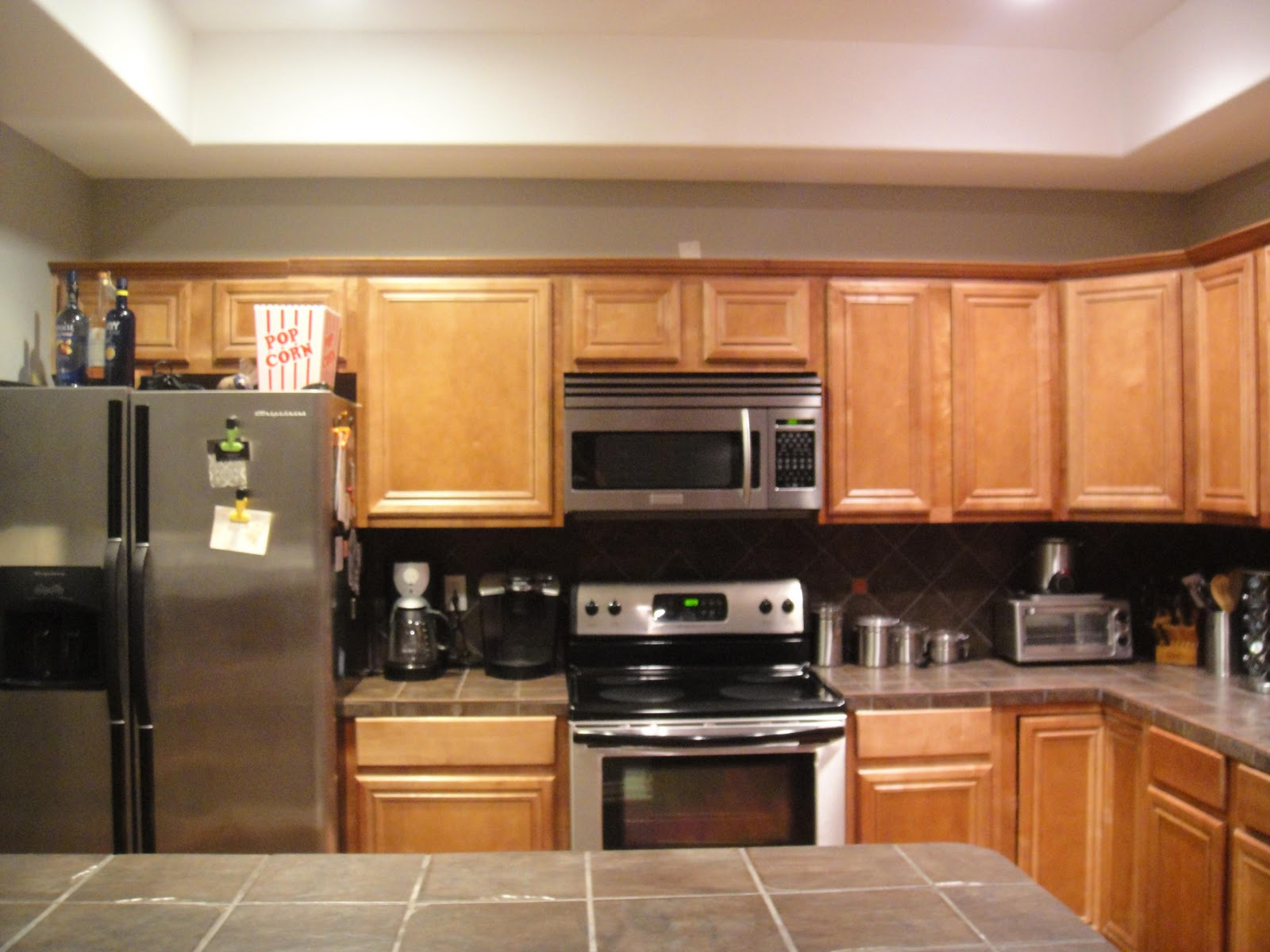 Easy Kitchen Makeover Cottage Modern Can Your Kitchen Be Saved Kitchen Facelifts