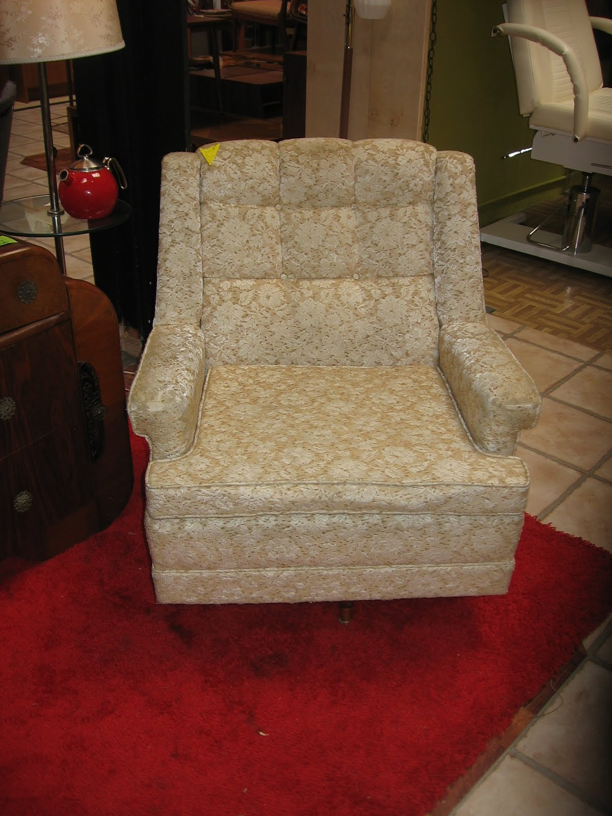 [Vintage+Swivel+Chair+9_11_09.JPG]