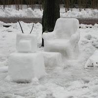 Making a Snow Room: Fun Snow Sculpture Ideas