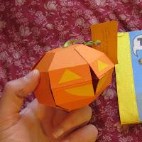Making a 3D Pumpkin Pop up Card