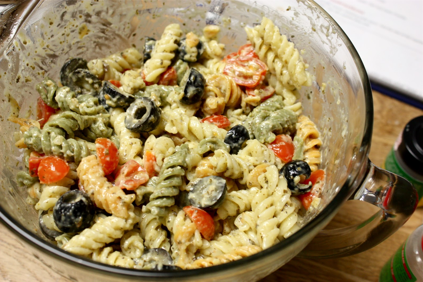 Creamy Rotini With Zucchini, Tomato, And Red Pepper Recipes ...