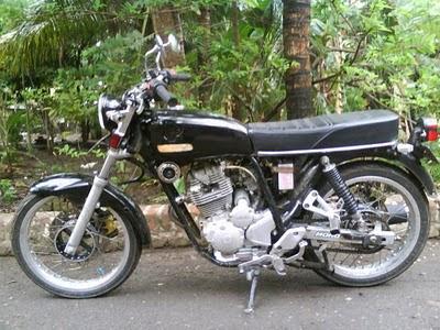 Modifikasi Honda CB 125 moto klasik mesin tiger