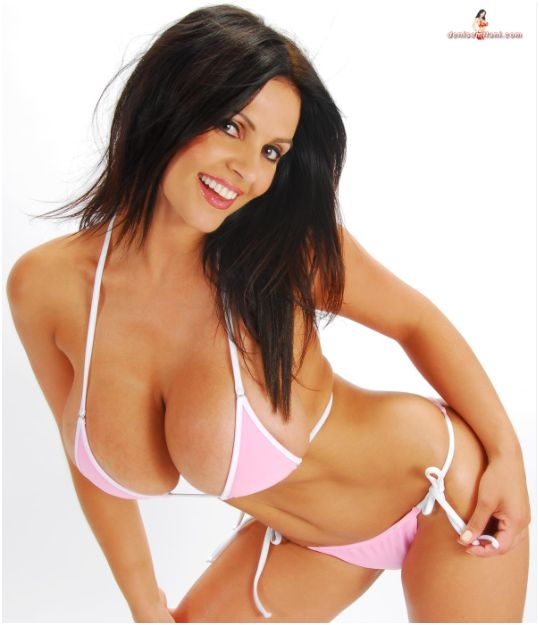 Sexy Big Boobs Girl Denise Milani in Pink Bikini HQ Pictures