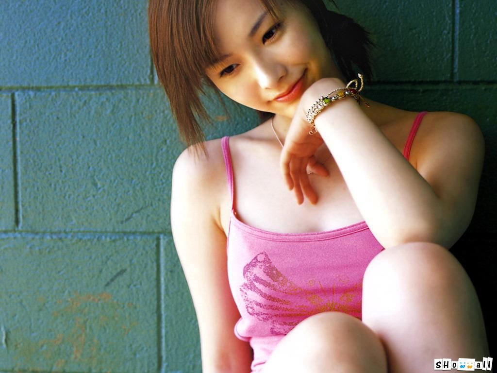 http://2.bp.blogspot.com/_jCj_jjvmgOg/S9Pc6DU86rI/AAAAAAAACbw/J6_Eph4KgyY/s1600/nao-nagasawa-wallpaper-15.jpg