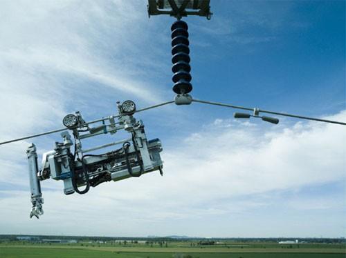 LineScout, un robot que inspecciona líneas eléctricas
