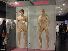voksen real doll sex museum